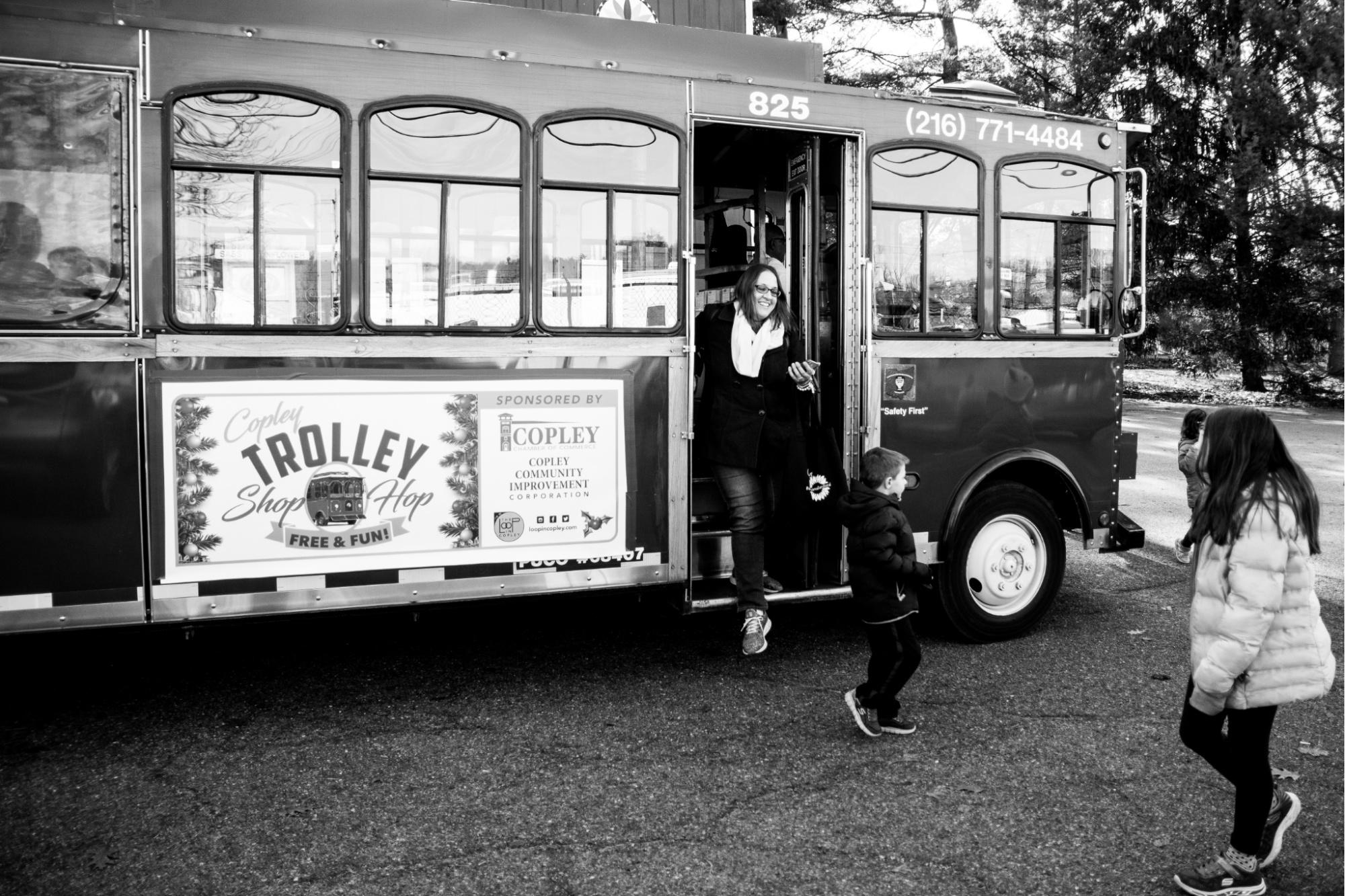 Loop Trolley bw-9_sm